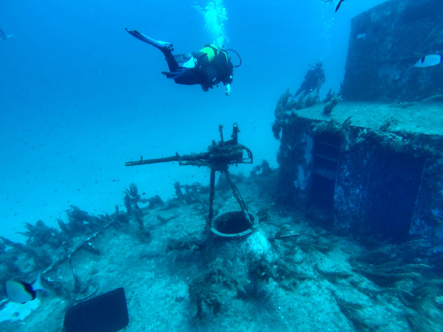 podwodne-dzialo