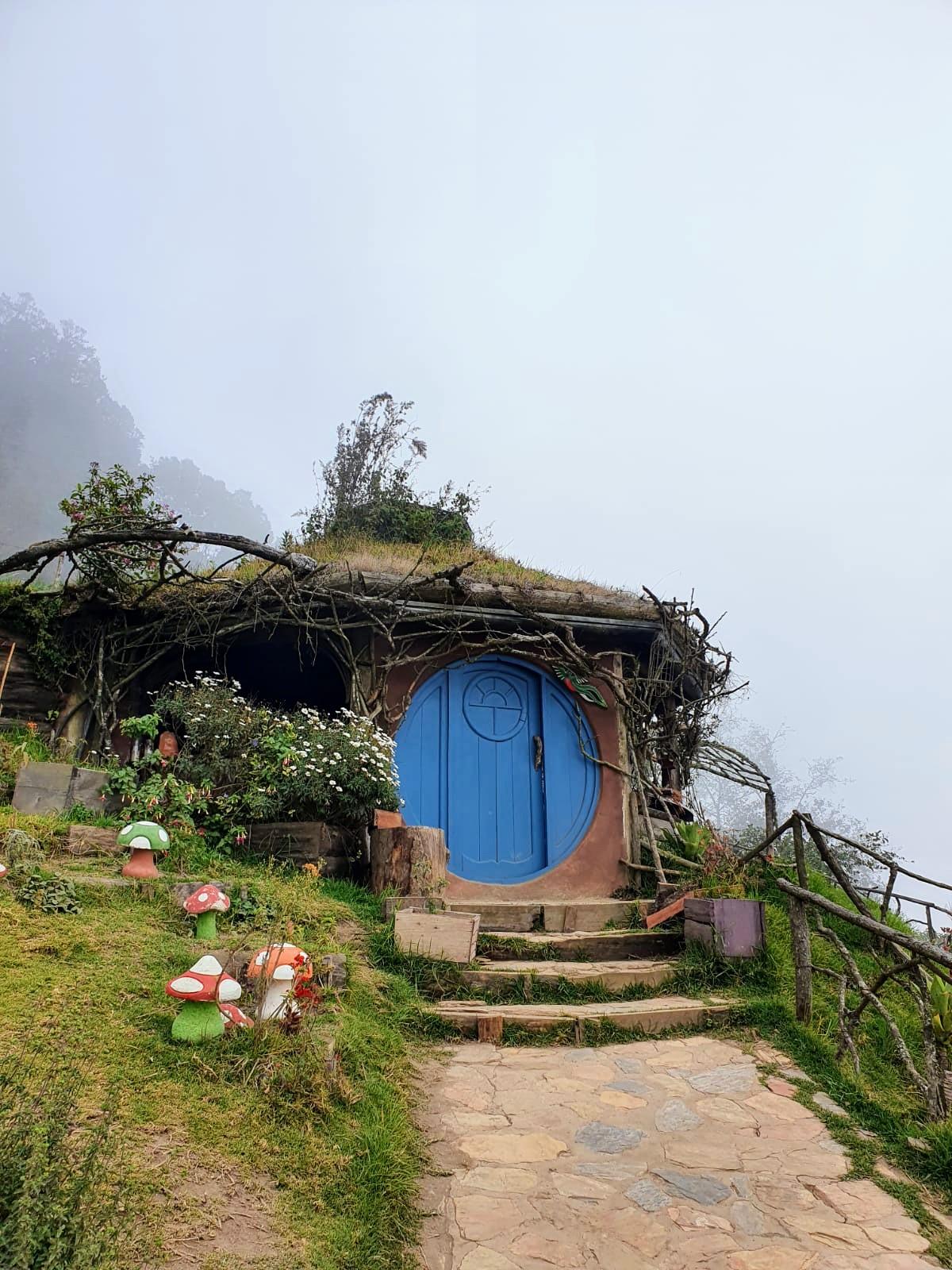 hobbitenango-hobbit-house